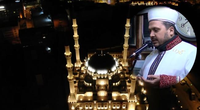 Minarelerden tekbir ve dua sesleri yükseldi