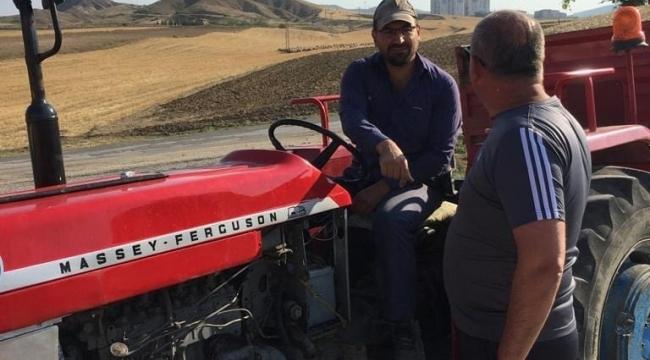 """Başkan Türkyılmaz, """"Çiftçilerimiz, emek ve alın teri ile çalışıyorlar."""""""