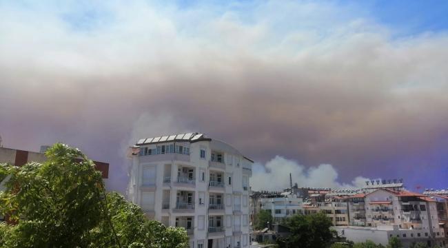 Antalya Manavgat'taki yangın..! Bölgeye helikopterler sevk ediliyor