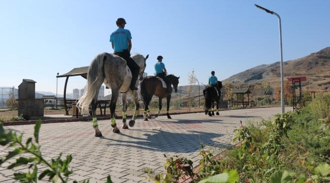 Kırıkkale'de atlı asayiş birlikleri görev başında
